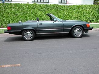 1987 Mercedes-Benz 560 SL Convertible Hard and Soft Top  Super Clean Full Service Records  city California  Auto Fitness Class Benz  in , California