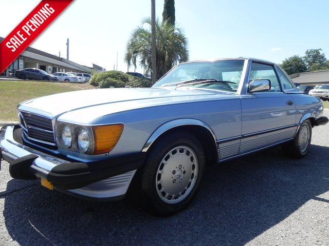 1987 Mercedes-Benz 560 Series 560SL in Martinez, Georgia 30907
