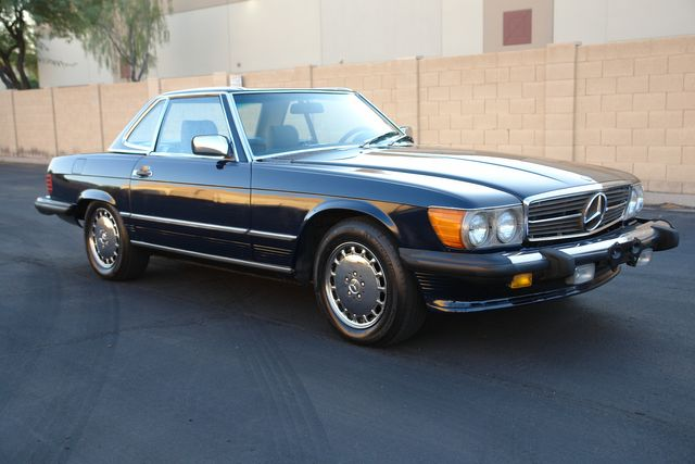 1987 Mercedes-Benz 560 Series 560SL