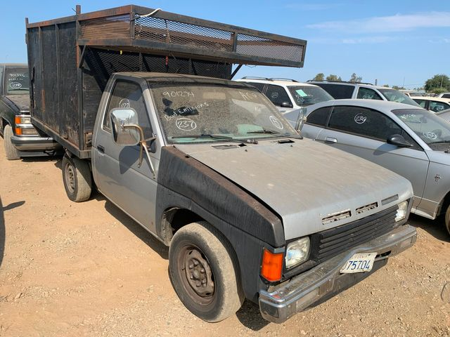 1987 Nissan Regular Bed 2WD Std in Orland, CA 95963