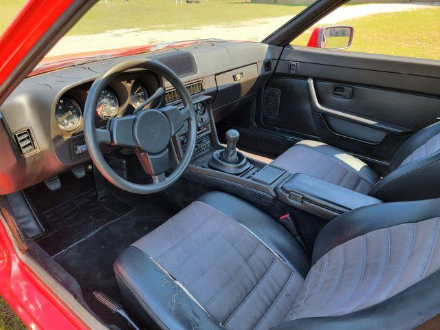 1987 Porsche 924 S in Hope Mills, NC 28348
