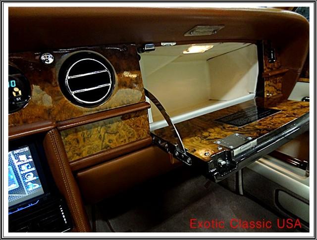 1987 Rolls-Royce Corniche II San Diego, California 30