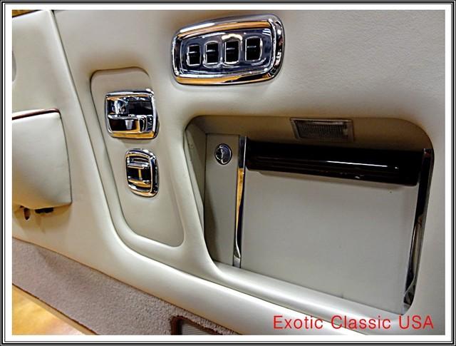 1987 Rolls-Royce Corniche II San Diego, California 40