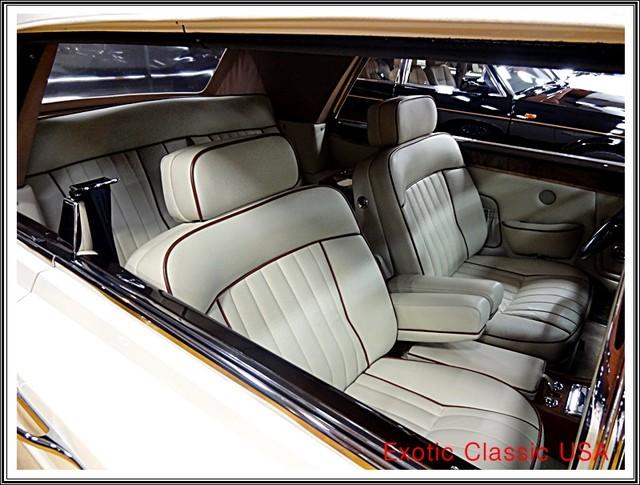 1987 Rolls-Royce Corniche II San Diego, California 70
