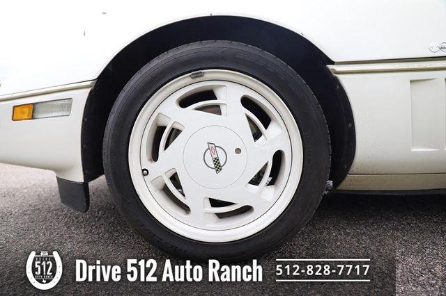 1988 Chevrolet Corvette LOW MILES NICE VETTE in Austin, TX 78745