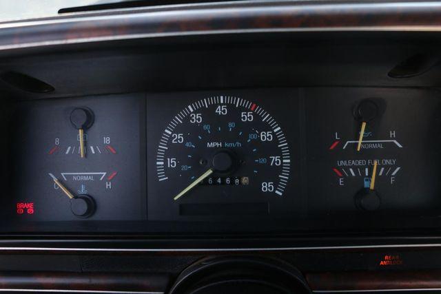 1988 Ford 3/4 Ton Trucks F250 GASOLONE SRW Santa Clarita, CA 17