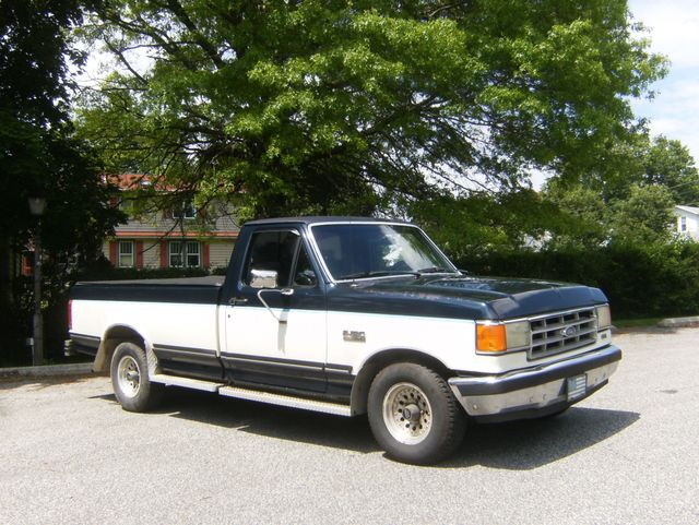 1988 Ford F150 XLT Lariat in West Chester, PA 19382