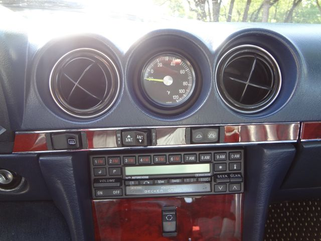 1988 Mercedes-Benz 560 Series 560SL Austin , Texas 27