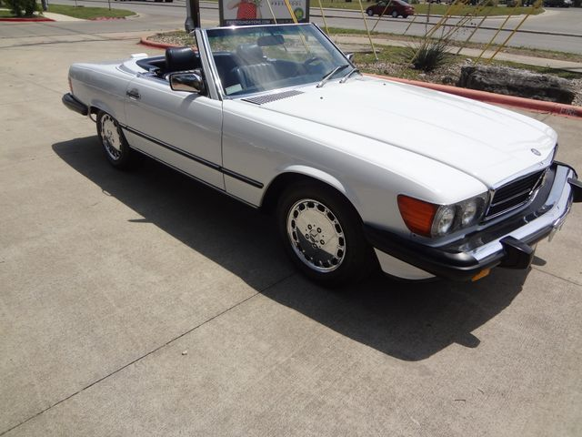 1988 Mercedes-Benz 560 Series 560SL Austin , Texas 14