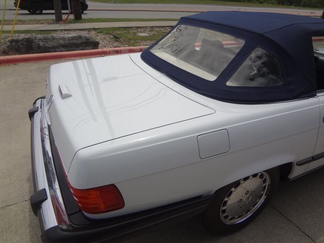 1988 Mercedes-Benz 560 Series 560SL Austin , Texas 10