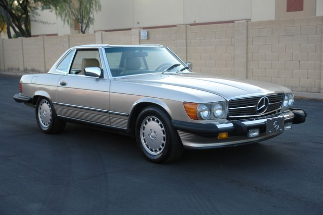 1988 Mercedes-Benz 560 Series 560SL