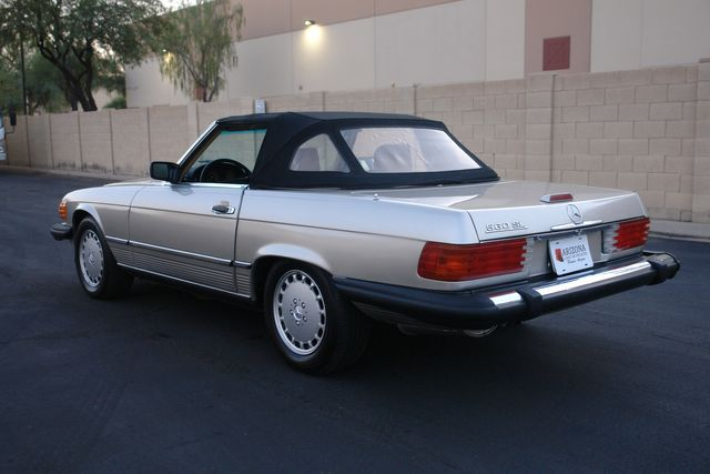 1988 Mercedes-Benz 560 Series 560SL in Phoenix Az., AZ 85027