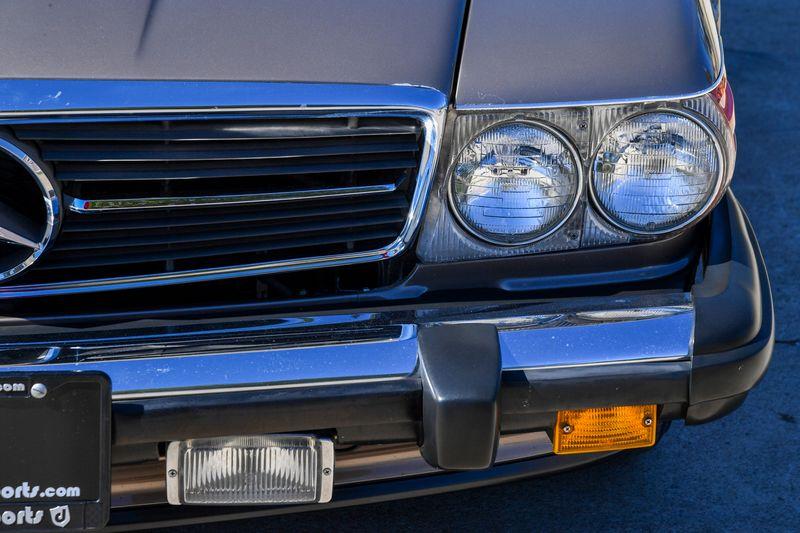 1988 Mercedes-Benz 560SL  Roadster  city TX  Dallas Motorsports  in Wylie, TX