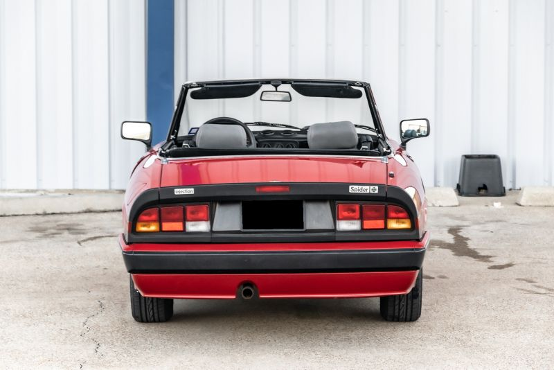 1989 Alfa Romeo Spider Quadrifoglio in Rowlett, Texas
