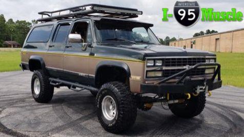 1989 Chevrolet Suburban V1500 in Hope Mills, NC