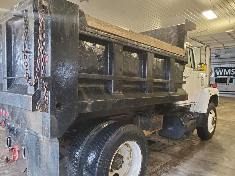 1989 Ford LN8000 Dump Truck  in , Ohio
