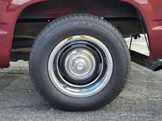1989 GMC 1/2 Ton Pickups C1500 in Hope Mills, NC 28348