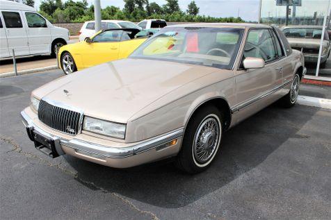 1990 Buick Riviera    Granite City, Illinois   MasterCars Company Inc. in Granite City, Illinois