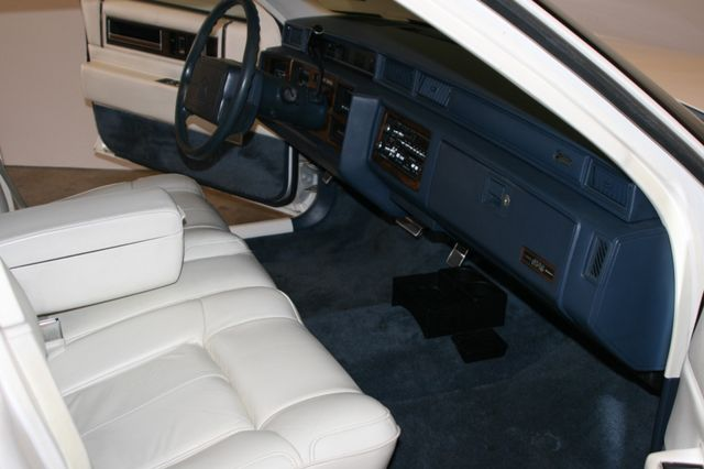 1990 Cadillac Deville Houston, Texas 11