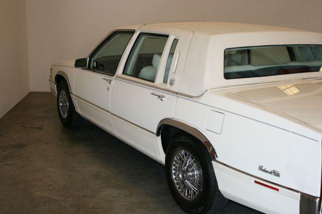 1990 Cadillac Deville Houston, Texas 3