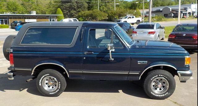 1990 Ford Bronco Fayetteville , Arkansas 3