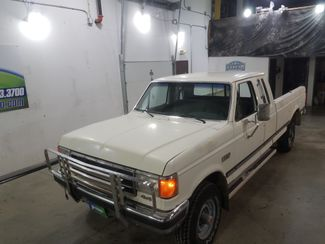 1990 Ford F-250 XLT Lariat  351 5 Spped  city ND  AutoRama Auto Sales  in Dickinson, ND