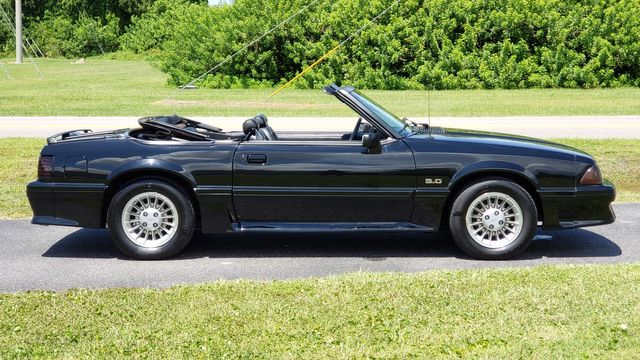 1990 Ford Mustang GT Convertible Phoenix, Arizona 22