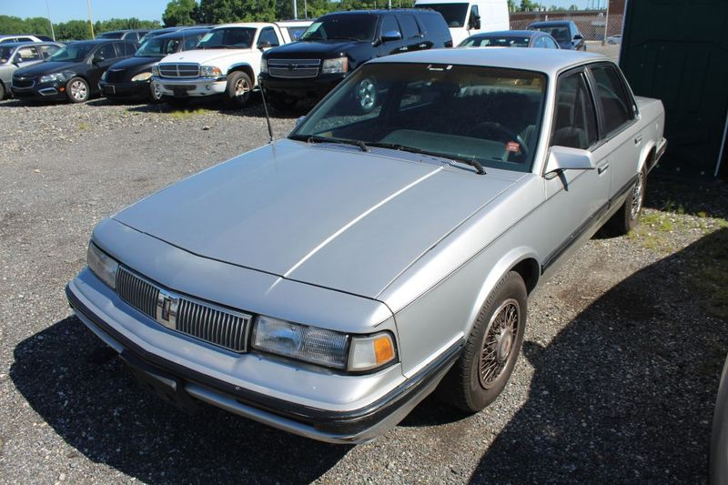 1990 Oldsmobile Cutlass Ciera   city MD  South County Public Auto Auction  in Harwood, MD