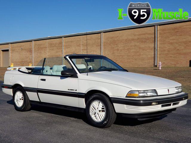 1990 Pontiac Sunbird LE
