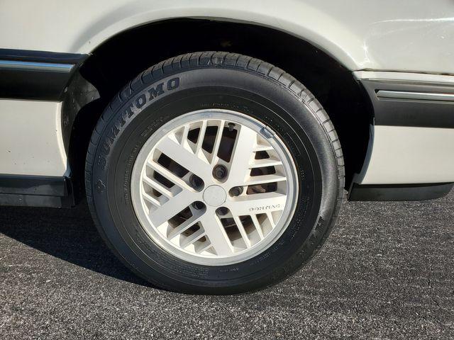 1990 Pontiac Sunbird LE in Hope Mills, NC 28348