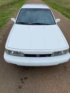 1990 Toyota Camry LE Flowood, Mississippi 2