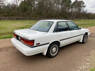1990 Toyota Camry LE Flowood, Mississippi 3