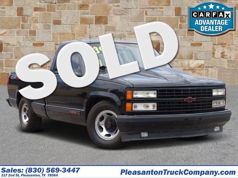 1991 Chevrolet 1500 Pickups  | Pleasanton, TX | Pleasanton Truck Company in Pleasanton TX