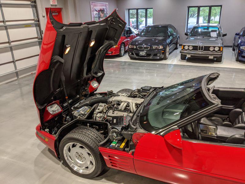 1991 Chevrolet Corvette   Lake Forest IL  Executive Motor Carz  in Lake Forest, IL