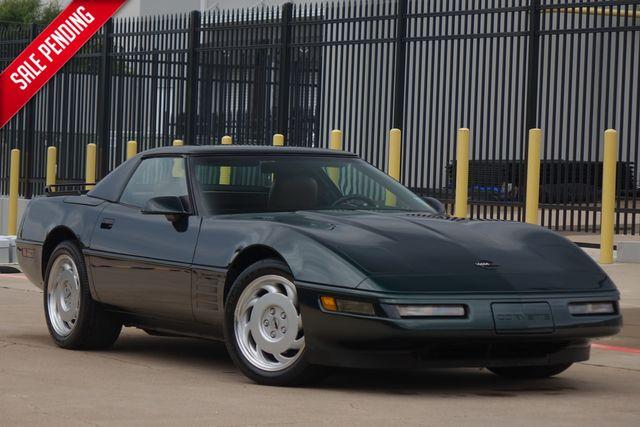 1991 Chevrolet Corvette LIKE NEW * 8k MILES * Garage Find * 6-SPEED *