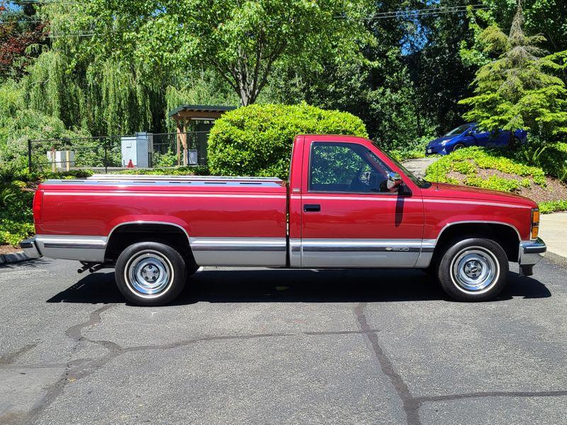 1991 Chevrolet C1500 Fleetside Silverado  69000 Original Miles 57 V8 Air Power Windows   city Washington  Complete Automotive  in Seattle, Washington