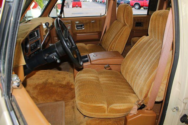 1991 Chevrolet Suburban 2500 RWD Silverado - ONLY 80K MILES! Mooresville , NC 6