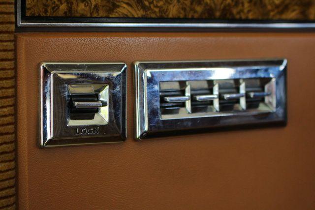 1991 Chevrolet Suburban 2500 RWD Silverado - ONLY 80K MILES! Mooresville , NC 44