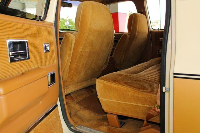 1991 Chevrolet Suburban 2500 RWD Silverado - ONLY 80K MILES! Mooresville , NC 39