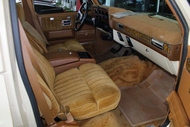 1991 Chevrolet Suburban 2500 RWD Silverado - ONLY 80K MILES! Mooresville , NC 29