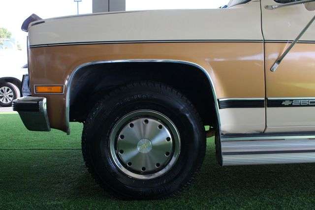 1991 Chevrolet Suburban 2500 RWD Silverado - ONLY 80K MILES! Mooresville , NC 19