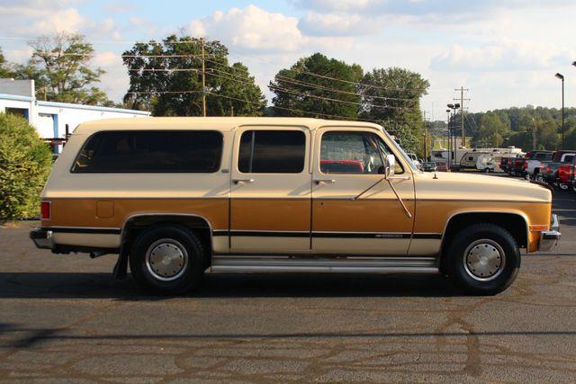 1991 Chevrolet Suburban 2500 RWD Silverado - ONLY 80K MILES! Mooresville , NC 13