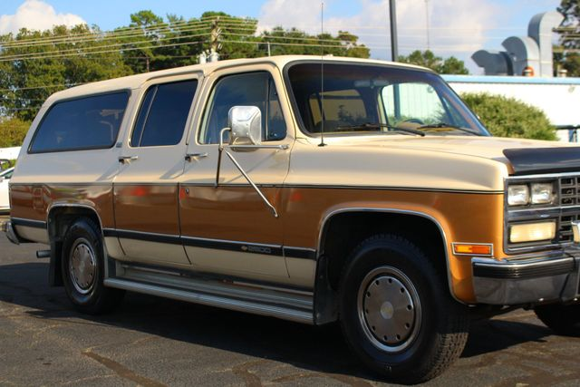 1991 Chevrolet Suburban 2500 RWD Silverado - ONLY 80K MILES! Mooresville , NC 24