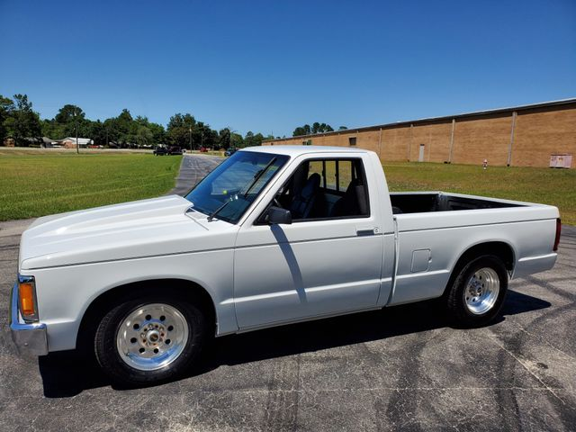 1991 GMC Sonoma V8 Swap in Hope Mills, NC 28348