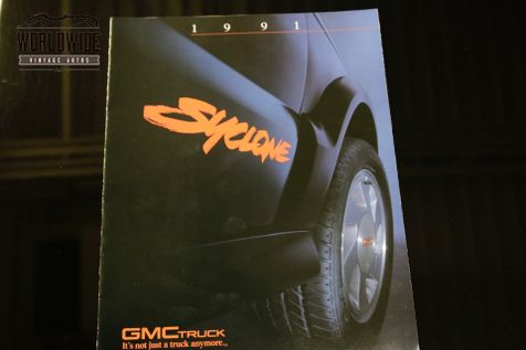 1991 GMC SYCLONE 23K ORIGINAL MILES. STOCK. COLLECTOR GRADE  | Denver, CO | Worldwide Vintage Autos in Denver, CO