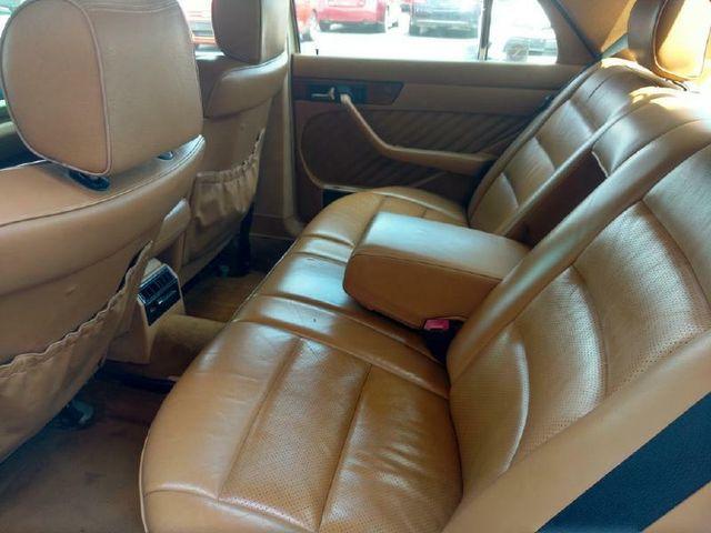1991 Mercedes-Benz 300 Series 300SE in Jonesboro AR, 72401