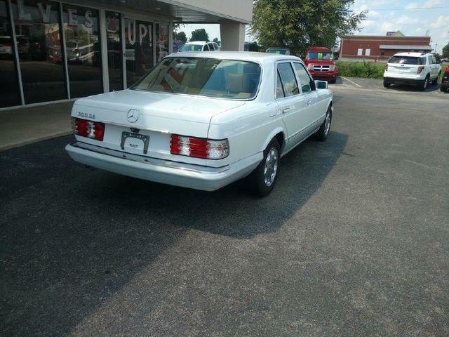 1991 Mercedes-Benz 300 Series 300SE in Jonesboro, AR 72401