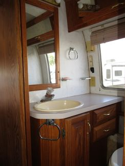 1992 Airstream Classic  300LE  city Florida  RV World of Hudson Inc  in Hudson, Florida