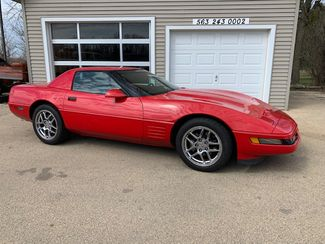1992 Chevrolet Corvette convertible/hardtop in Clinton, IA 52732