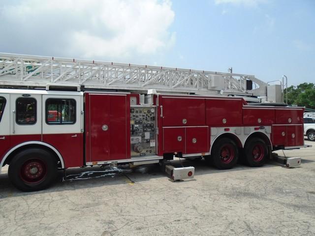 1992 E-One /Hush Qunit 110FT LADDER /PUMPER 4DR HURRICANE Boerne, Texas 1